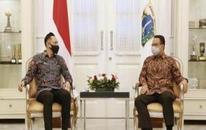 Gubernur DKI Jakarta Anies Baswedan bertemu dengan Ketua Umum Partai Demokrat Agus Harimurti Yudhoyono di Balai Kota, Jakarta © Instagram/aniesbaswedan