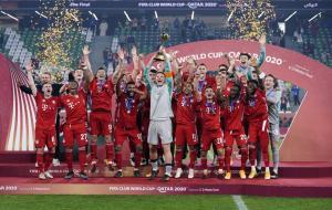 Bayern Muenchen sukses meraih sextuple usai menjuarai Piala Dunia Antarklub dengan mengalahkan Tigres 1-0 di Qatar, Jumat (12/2) dini hari WIB. © twitter.com/fcbayern