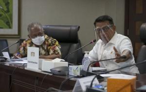 Kepala Staf Kepresidenan Dr. Moeldoko tengah memimpin Rapat Koordinasi Percepatan Implementasi Kebijakan KLB-BB di Gedung Bina Graha, Jakarta. © ksp.go.id