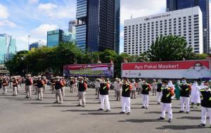 Polri lakukan apel kesiapan Bhabinkamtibmas dan Tenaga Kesehatan sebagai tracer dan vaksinator Covid-19 di Polda Metro jaya, Jakarta, Kamis (11/2). © sehatnegeriku.kemkes.go.id