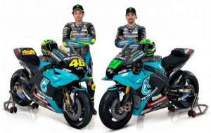 Valentino Rossi (kiri) menjadi bagian dalam tim satelit Petronas Yamaha SRT bersama dengan Franco Morbidelli untuk MotoGP 2021 mendatang. © Petronas Yamaha SRT